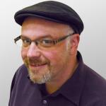 Lance LaSalle - jednatel, rodilý mluvčí USA